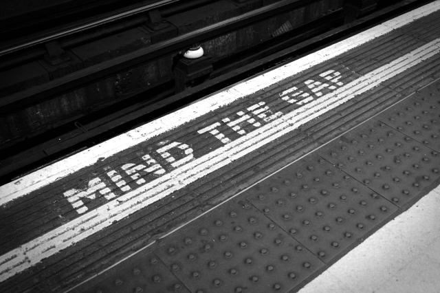 Mind-the-Gap-Header 2000 Wide