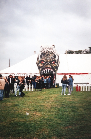 Backstage At Donnington - Iron Maiden 1